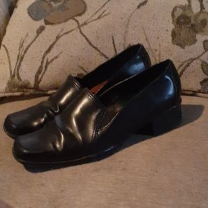 Aerosoles Black Loafers 7.5 W